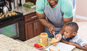 healthy eating habits of african americans African-americans, specifically those who live in low-income neighborhoods of lower socio-economic status, have less access to quality foods and sufficient healthcare.
